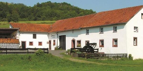 Üdersdorfer Mühle_Vulkaneifel-Pfad: Hinterbüsch-Pfad