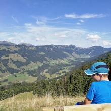 Blick hinunter in Balderschwanger Tal Richtung Riedberger Horn