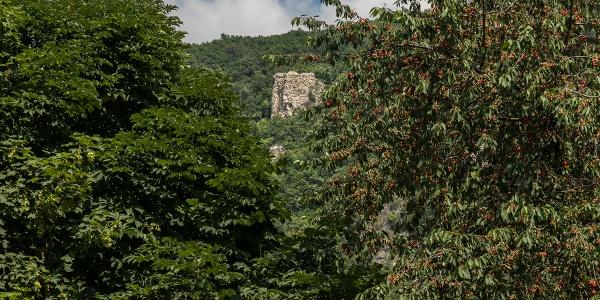 Kémény-szikla (Komínová skala) nad Klastrompuszta