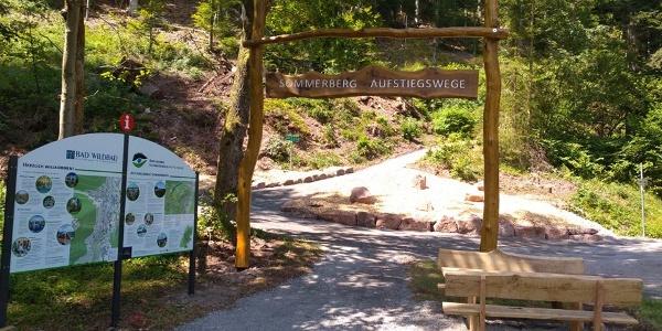 Marienruhe Eingangsportal Aufstiegswege