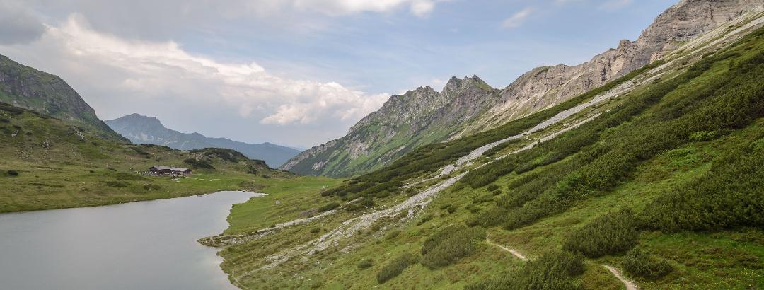 Oberhüttensee mit Oberhütte