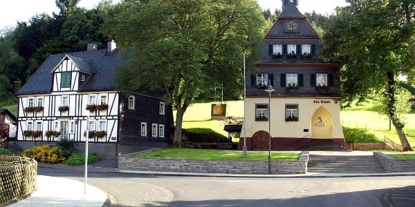 Siegen-Achenbach_Ensemble Heimathaus und Alte Schule