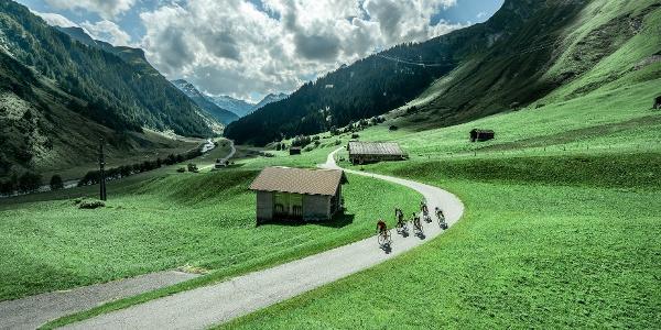 Rennrad-Route Quellregion Rhein Weg nach Biasca