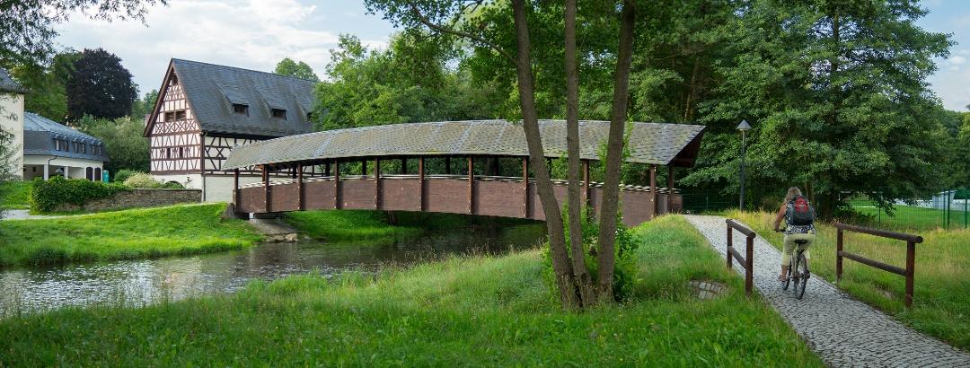 Altes Gut und Elsterbrücke in Weischlitz