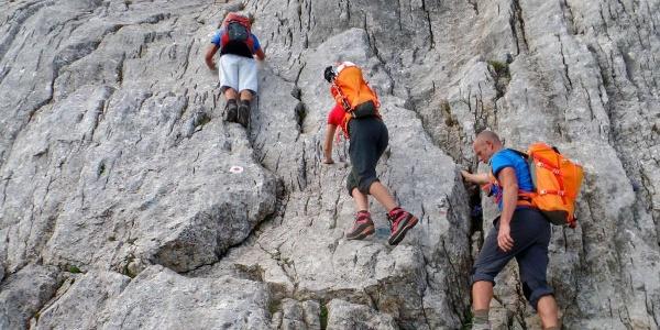 Kletterstelle auf dem Weg zum Hochkalter