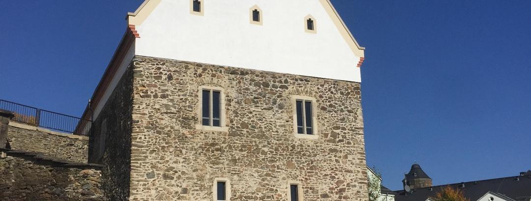 Konventsgebäude und Fundamente des ehemaligen Turms (Danzker)