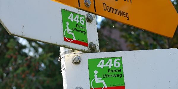 Der Emme-Uferweg trägt die Routen-Nr. 446 von Schweiz-Mobil.