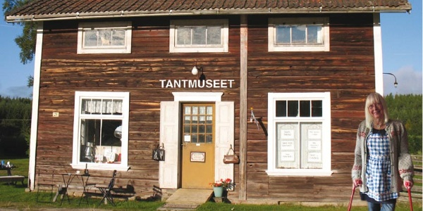 "Tantmuseet - The ""Old Lady-museum"" - in Hovra"
