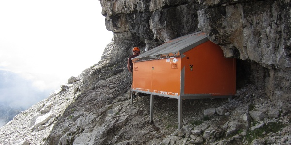 Biwakschachtel (2.380 m) in der Watzmann-Ostwand