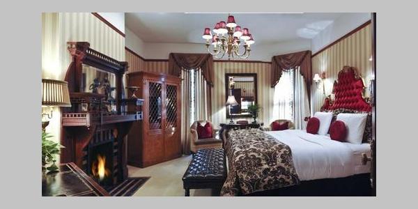 Bordeaux Guest Room