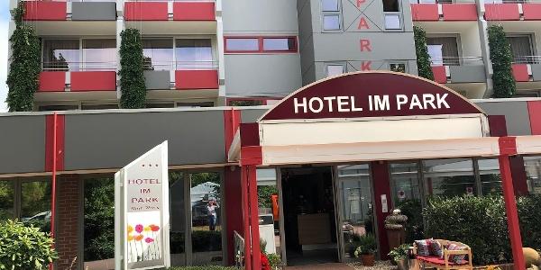 Hoteleingang 2