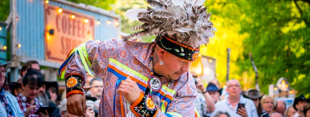 Radebeul Karl May Fest mit indianischen Tänzen