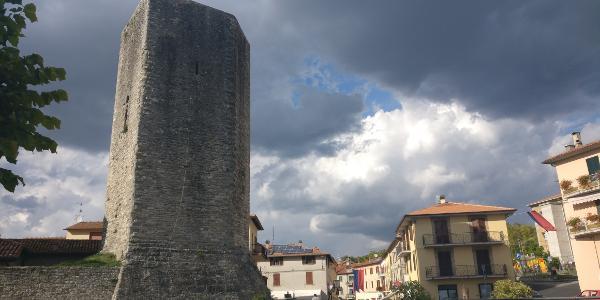 Pietralunga - Stadtturm
