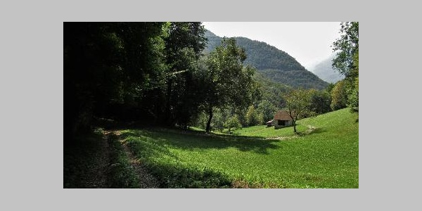 Trail towards the Kozjak Waterfall