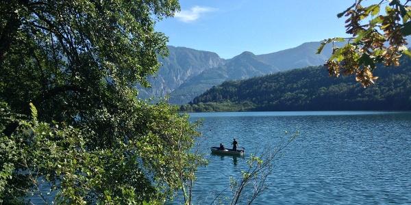 Pescatori sul lago