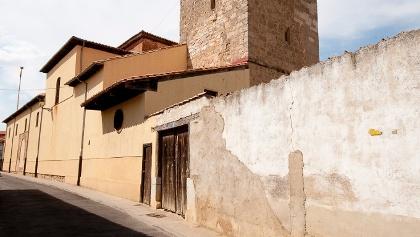 Mansilla: Kirche