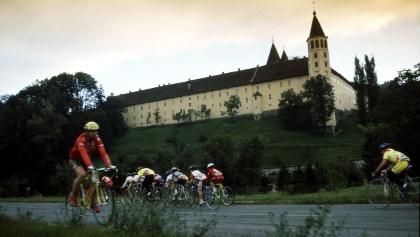 Radrennfahrer beim Stift St. Paul