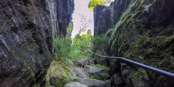 Der nordseitige Aufstieg auf den Pfaffenstein