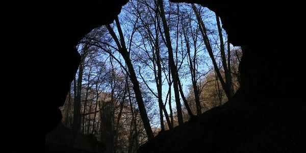 A Kőlyuki-barlang monumentális bejárata