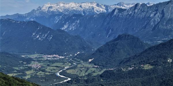 Kobarid (Caporetto), dietro il monte Kanin (Canin)