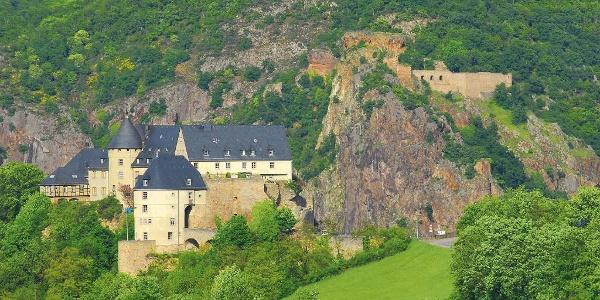 Blick auf Ebernburg mit Rheingrafenstein im Hintergrund