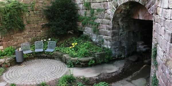 Calw_Kunst-in-der-Stadt_Hesse-Garten