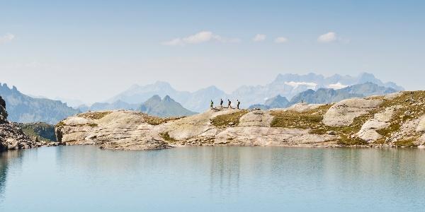4 Wanderer auf der 5-Seen-Wanderung