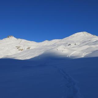 Eiskarspitze (links) und Torspitze (rechts)