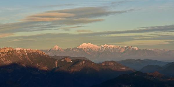 Grintavci Mountains