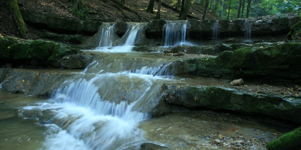 Pazar vízesés az Óbányai-völgyben