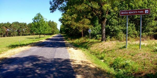 Vadregényes országút Szentgyörgyvölgy és Magyarföld között