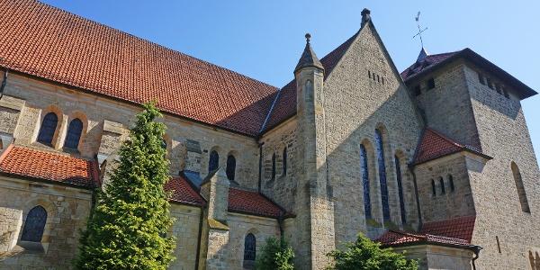"Katholische Kirche Mariä Himmelfahrt am Naturpark- Wanderparkplatz ""Natruper Straße"" in Hagen Gellenbeck"