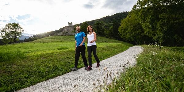 Ai piedi di Castel Restor