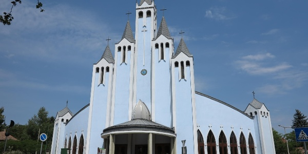 A hévízi Szentlélek-templom (Kék templom)