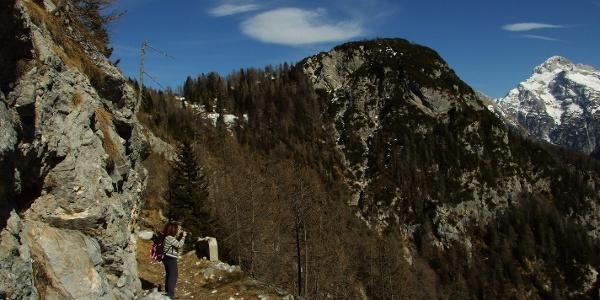 Zadnji del poti, desno Triglav