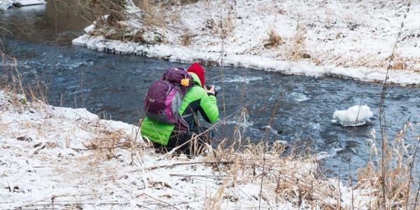 Ich sehe nur Wasser und Schnee, Fotografinnen sehen die Seele der Dinge.