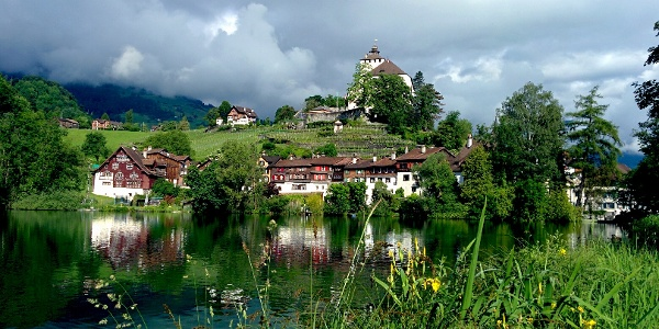 Ein Spaziergang vom Städtli zum Schloss Werdenberg lohnt sich auf jeden Fall.