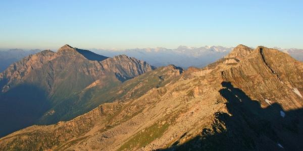 Blick über die westlichen Ausläufer der Zillertaler Alpen