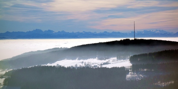Blick über den Lichtenberg ins Tote Gebirge
