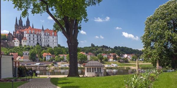 Hotelpark mit Blick auf die Albrechtsburg