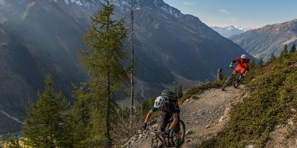 Abfahrt von der Lauchernalp nach Wiler mit dem Mountainbike