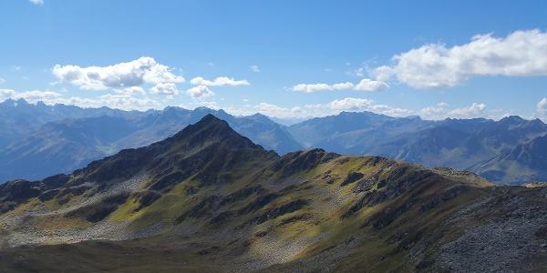 Zamangspitze mit Blick von der Hochalpila Bahn Bergstation