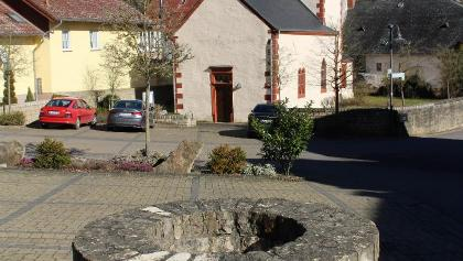 Romanische Dorfkirche in Minden