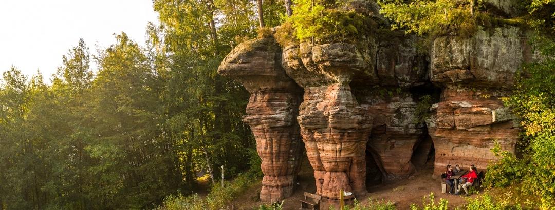 Der Bruderfelsen auf dem Rodalber Felsenwanderweg
