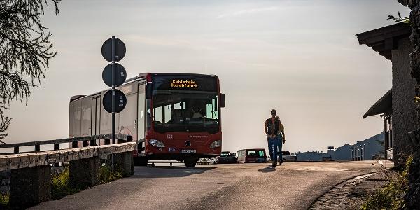 <![CDATA[Ankunft an der Buswendeplatte auf dem Kehlstein]]>
