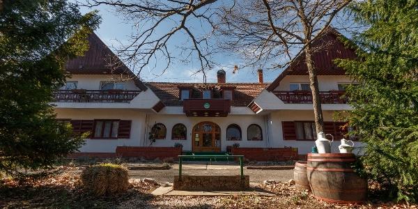 A Zseri vadászház