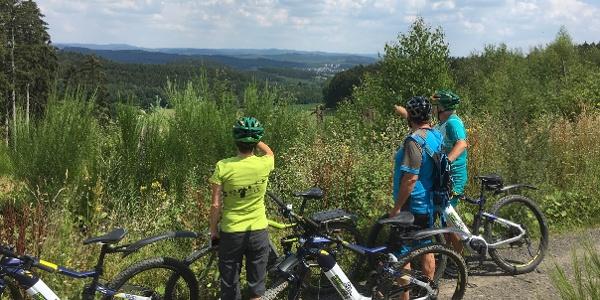 Traumhafte Aussichten bieten die Fahrradtouren in der Region.