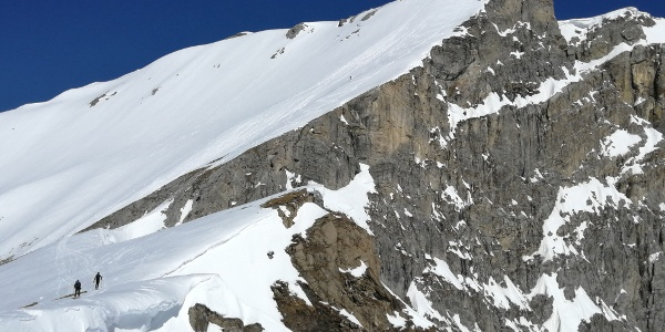 Querung zum Gipfelhang - Achtung auf Wechten!
