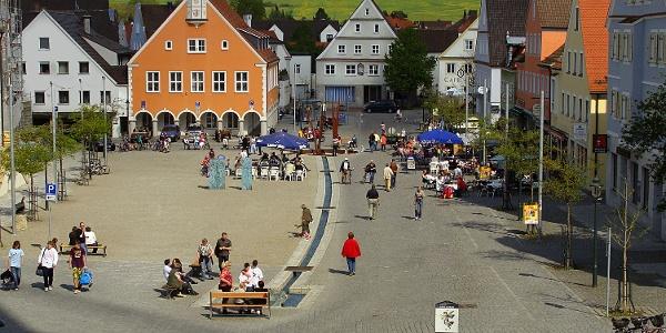 Blick von der Basilika auf den Ottobeurer Marktplatz