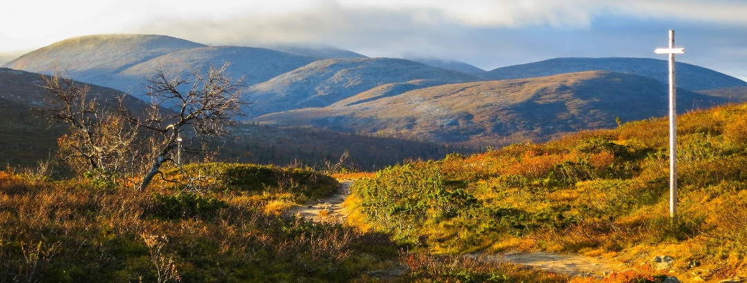 """Hetta-Pallas Hiking Trail offers fantastic hiking experience with autumn """"Ruska"""" colors."""